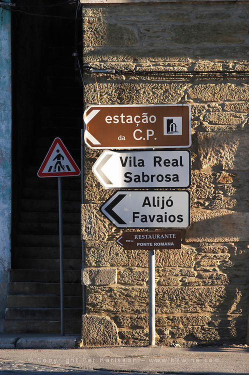 road sign pinhao douro portugal
