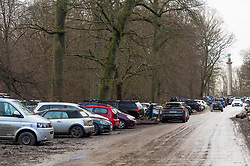 © Licensed to London News Pictures. 03/01/2021. Berkhamsted, UK. Cars pack the carpark at Ashridge Woods near Berkhamsted in Hertfordshire. Members of the public have had further tier restrictions placed on them in an attempt to fight the spread of a more aggressive strain of COVID-19. Photo credit: London News Pictures.