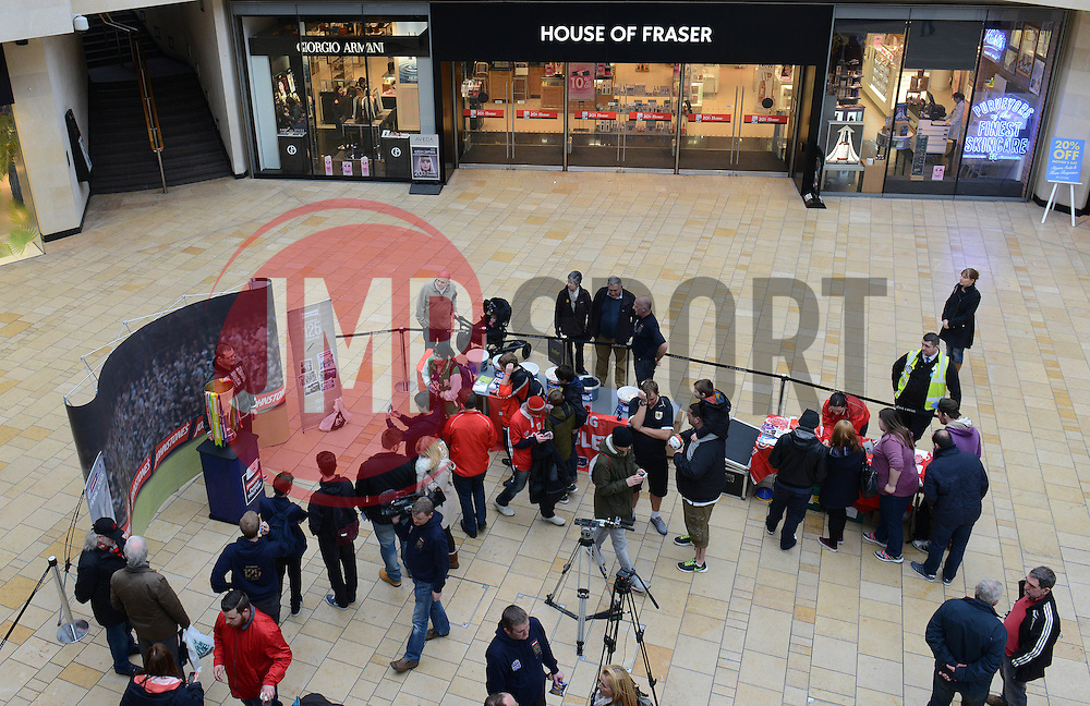 Fans arrive at Cabot Circus to see the Johnstone Paint Trophy - Photo mandatory by-line: Dougie Allward/JMP - Mobile: 07966 386802 - 11/03/2015 - SPORT - Football - Bristol - Cabot Circus Shopping Centre - Johnstone's Paint Trophy