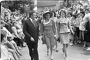 Baroness Tita Thyssen-Bornemisza, Baron Heinrich Thyssen -Bornemisza and Baroness Francesca Thyssen. . Wedding of the Marquess of Worcester to Tracy Ward. St. Mary the Virgin, Chipping Norton. 13 June 1987.  20 April 1987. © Copyright Photograph by Dafydd Jones 66 Stockwell Park Rd. London SW9 0DA Tel 020 7733 0108 www.dafjones.com