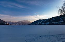 THEMENBILD - der zugefroene Zeller See bei Sonnenuntergang aufgenommen am 28. Februar 2018, Zell am See, Österreich // the Zugefroene Zeller lake at sunset on 2018/02/28, Zell am See, Austria. EXPA Pictures © 2018, PhotoCredit: EXPA/ Stefanie Oberhauser