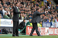 Photo: Ashley Pickering/Sportsbeat Images.<br /> Norwich City v Ipswich Town. Coca Cola Championship. 04/11/2007.<br /> Ipswich manager Jim Magilton (R) shouts his orders from the sideline