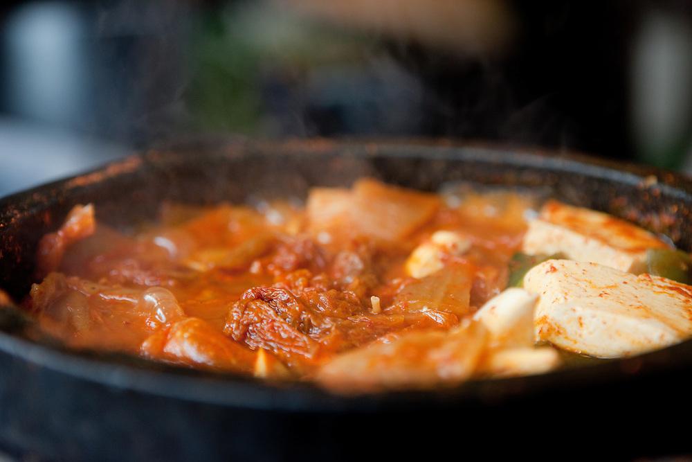 Traditional Korean kimchi soup in the hot pot. / Gongju, South Korea, Republic of Korea, KOR, 31 October 2009.