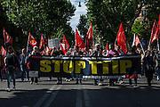 Manifestazione contro il Ttip, Trattato transatlantico sul commercio e gli investimenti tra Ue e Usa, Roma 7 maggio 2016. Christian Mantuano / OneShot