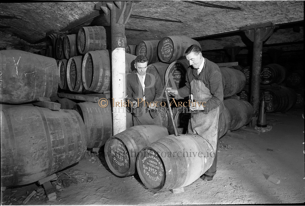 30/08/1963<br /> 08/30/1963<br /> 30 August 1963<br /> Jameson Distillery, interior views of cask storage at Bow Street, Anne Street and 2 Amiens Street.