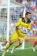 Cardiff city goalkeeper David Marshall. Barclays Premier league, Cardiff city v Everton at the Cardiff city Stadium in Cardiff,  South Wales on Saturday 31st August 2013. pic by Andrew Orchard,  Andrew Orchard sports photography,