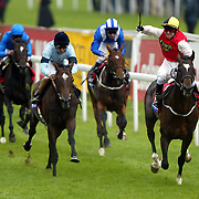 Bollin Eric ridden by Kevin Darley wins the St Leger