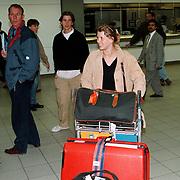 Babette van Veen en Winston Gerstanowitz op Schiphol terug vanaf Zuid Afrika