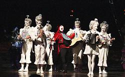 © London News PIctures. Fleur; Andrey Kislitsin; Musicians, Cirque Du Soleil Alegria opening night, O² Arena, London UK, 18 July 2013. Photo credit: Richard Goldschmidt/LNP