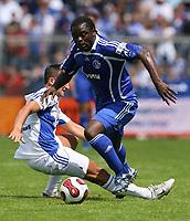 Fotball<br /> Bundesliga Tyskland<br /> 07.07.2007<br /> Foto: Witters/Digitalsport<br /> NORWAY ONLY<br /> <br /> Gerald Asamoah Schalke<br /> Testspiel Viktoria Aschaffenburg - FC Schalke 04