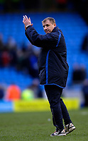 Photo: Jed Wee.<br />Manchester City v Wigan Athletic. The Barclays Premiership. 18/03/2006.<br /><br />Wigan manager Paul Jewell applauds the fans at the end of the match.