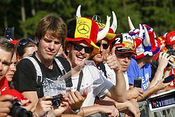August 24, 2017 - Spa-Francorchamps, Belgium - Motorsports: FIA Formula One World Championship 2017, Grand Prix of Belgium, .Fans  (Credit Image: © Hoch Zwei via ZUMA Wire)