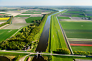 Nederland, Noord-Holland, Gemeente Hollands Kroon, 07-05-2018; Amstelmeer, sluis richting Wieringerwaard. Oosthoekweg, Amstelmeerweg. Grens Wieringermeer.<br /> <br /> luchtfoto (toeslag op standaard tarieven);<br /> aerial photo (additional fee required);<br /> copyright foto/photo Siebe Swart