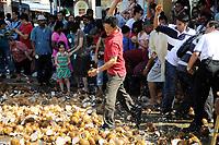 thaipusam penang 2012 - Monday