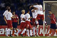 Fotball<br /> Nederland<br /> 06.09.2006<br /> EM-kvalifisering<br /> Armenia v Belgia<br /> Foto: ProShots/Digitalsport<br /> NORWAY ONLY<br /> <br /> VAN DAMME JELLE / VAN BUYTEN DANIEL <br /> JOIE / VREUGDE