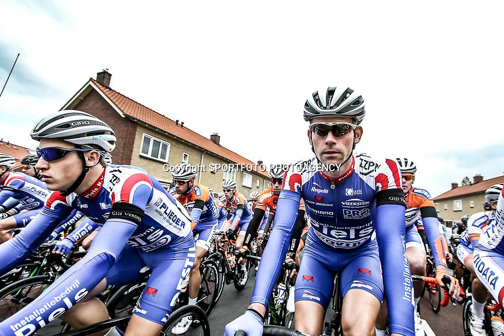 14-05-2016: Wielrennen: Ronde van Overijssel: Rijssen    <br />RIJSSEN (NED) wielrennen<br />Met 64 edities is de ronde van Overijssel een van de oudste wielerkoersen in Nederland. Strakke koppies ook bij Elmar Reinders