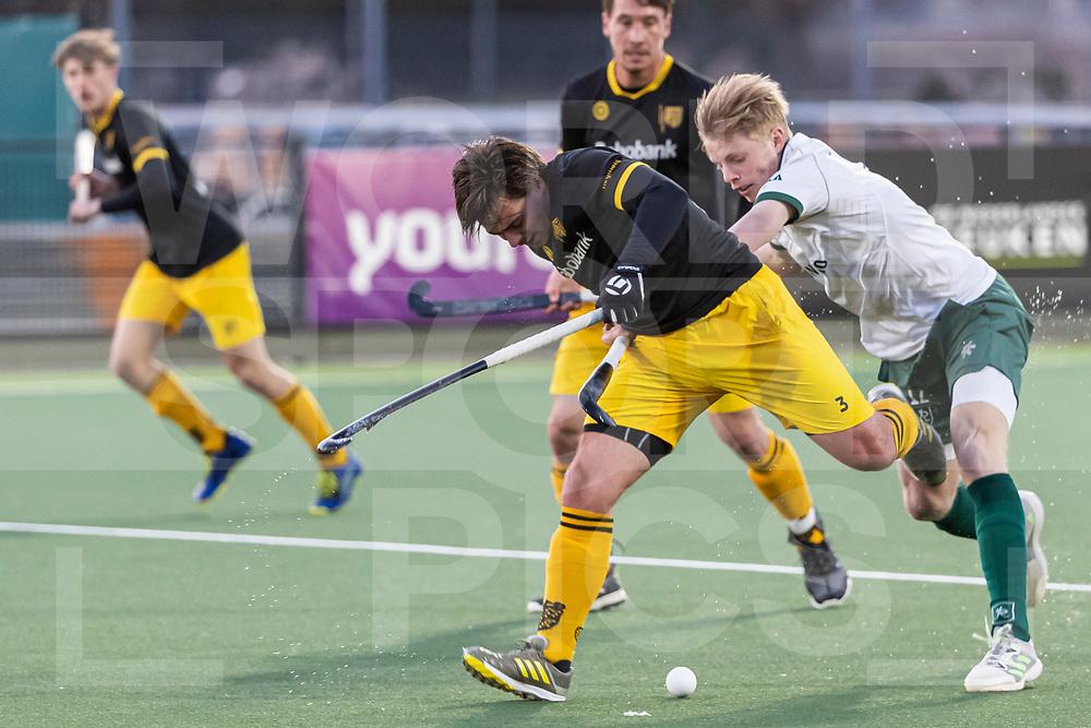 Rotterdam, Tulp Hoofdklasse Hockey Heren, Seizoen 2020-2021, 16-04-2021, Rotterdam - Den Bosch 0-3, Jochem Bakker (Rotterdam) en Sebastian van der Graaf (Den Bosch)  COPYRIGHT WORLDSPORTPICS WILLEM VERNES
