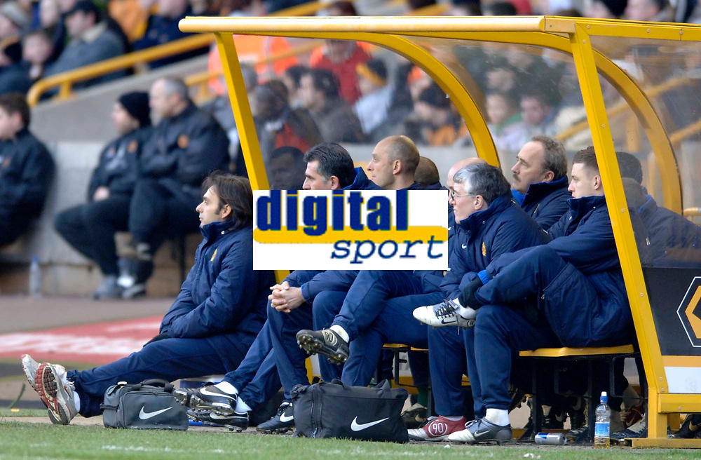 Photo: Glyn Thomas.<br />Wolverhampton Wanderers v Manchester United. The FA Cup. 29/01/2006.<br /> United's bench without manager Sir Alex Ferguson who was up in the stand.
