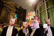 8 men dressed in tuxedos and wearing pigs heads tried to join the Lord Mayor's Banquet in London, pointing out that the banquet is for the 1 % of society and not the 99%.<br /> No arrests were made and the pig headed party goers went to St Paul to have their own banquet.
