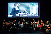 Nacho Vegas performing  at the Teatro Lara in Madrid, 2013