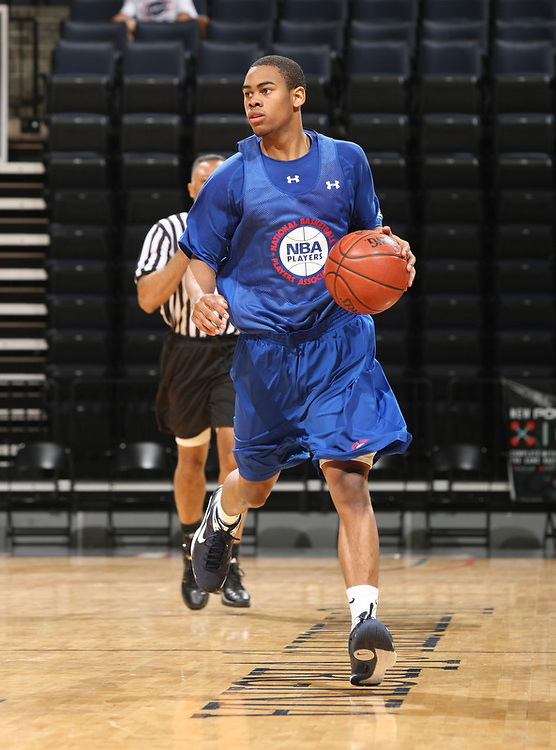Markel Starks handles the ball during the 2009 NBPA Top 100 Basketball Camp held Friday June 17- 20, 2009 in Charlottesville, VA. Photo/ Andrew Shurtleff