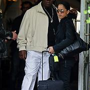 NLD/Amsterdam/20080621 - Bruce Springsteen en de leden van de E Street Band verlaten hun hotel, Clarence Clemons en partner