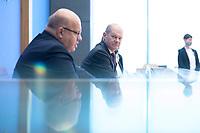 """29 OCT 2020, BERLIN/GERMANY:<br /> Peter Altmaier (L), CDU, Bundeswirtschaftsminister, und Olaf Scholz (R), SPD, Bundesfinanzminister, wahrend einer Pressekonferenz zum Thema """"Neue Corona-Hilfen: Stark durch die Krise"""", Bundespressekonferenz<br /> IMAGE: 20201029-01-016<br /> KEYWORDS: Corvid-19, Unterstuetzung, Hilfe,"""