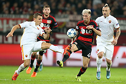 20.10.2015, BayArena, Leverkusen, GER, UEFA CL, Bayer 04 Leverkusen vs AS Roma, Gruppe E, im Bild v.l. Lucas Digne (#3, AS Rom) mit Kevin Kampl (#44, Bayer 04 Leverkusen) // during UEFA Champions League group E match between Bayer 04 Leverkusen and AS Roma at the BayArena in Leverkusen, Germany on 2015/10/20. EXPA Pictures © 2015, PhotoCredit: EXPA/ Eibner-Pressefoto/ Deutzmann<br /> <br /> *****ATTENTION - OUT of GER*****