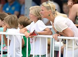 20-07-2014 NED: FIVB Grand Slam Beach Volleybal, Scheveningen<br /> Gold medal match / VIP Publiek support