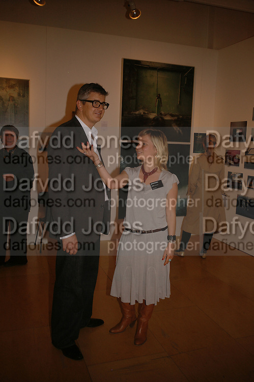 JAY JOPLING AND VIRGINIA DAMSTA, Opening of Photo-London, Burlington Gdns. London. 17 May 2006. ONE TIME USE ONLY - DO NOT ARCHIVE  © Copyright Photograph by Dafydd Jones 66 Stockwell Park Rd. London SW9 0DA Tel 020 7733 0108 www.dafjones.com