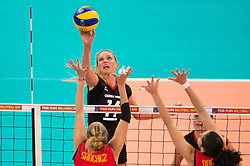 06.09.2013, Gery Weber Stadion, Halle, GER, Volleyball EM 2013, Deutschland vs Spanien, im Bild,, Angriff Margareta Kozuch (#14 GER) // during the volleyball european championchip match between Germany and Spain at the Gery Weber Stadion in Halle, Germany on 2013/09/06. EXPA Pictures © 2013, PhotoCredit: EXPA/ Eibner/ Kurth<br /> <br /> ***** ATTENTION - OUT OF GER *****