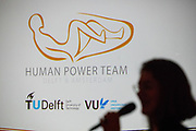 In Delft presenteert het Human Power Team het ontwerp van hun nieuwe fiets, de VeloX 8. In september wil het Human Power Team Delft en Amsterdam, dat bestaat uit studenten van de TU Delft en de VU Amsterdam, tijdens de World Human Powered Speed Challenge in Nevada een poging doen het wereldrecord snelfietsen voor vrouwen te verbreken met de VeloX 8, een gestroomlijnde ligfiets. Het record is met 121,81 km/h sinds 2010 in handen van de Francaise Barbara Buatois. De Canadees Todd Reichert is de snelste man met 144,17 km/h sinds 2016.<br /> <br /> In Delft the Human Power Team presents the VeloX 8. With the VeloX 8, a special recumbent bike, the Human Power Team Delft and Amsterdam, consisting of students of the TU Delft and the VU Amsterdam, also wants to set a new woman's world record cycling in September at the World Human Powered Speed Challenge in Nevada. The current speed record is 121,81 km/h, set in 2010 by Barbara Buatois. The fastest man is Todd Reichert with 144,17 km/h.