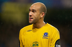 MANCHESTER, ENGLAND - Monday, February 25, 2008: Everton's goalkeeper Tim Howard during the Premiership match at the City of Manchester Stadium. (Photo by David Rawcliffe/Propaganda)
