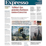 "Tearsheet (cover) of ""Tensions in eastern Ukraine"" published in Expresso"