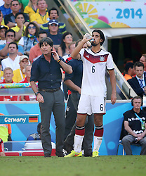 04.07.2014, Maracana, Rio de Janeiro, BRA, FIFA WM, Frankreich vs Deutschland, Viertelfinale, im Bild Sami Khedira,and trainer Joachikm Loew from Germany against France // during quarterfinals between France and Germany of the FIFA Worldcup Brazil 2014 at the Maracana in Rio de Janeiro, Brazil on 2014/07/04. EXPA Pictures © 2014, PhotoCredit: EXPA/ Eibner-Pressefoto/ Cezaro<br /> <br /> *****ATTENTION - OUT of GER*****
