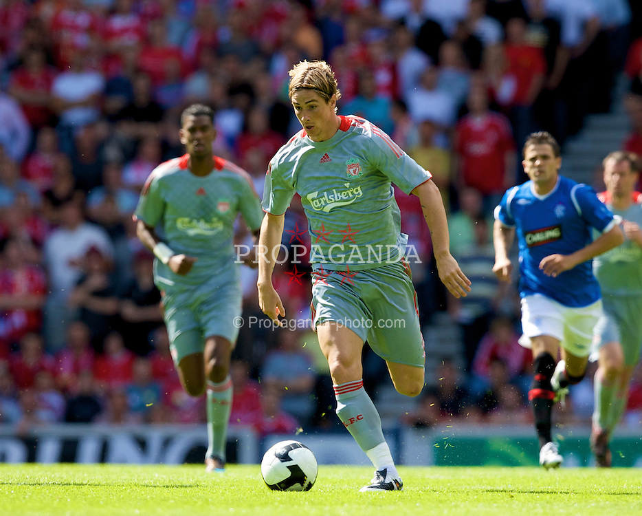 GLASGOW, SCOTLAND - Saturday, August 2, 2008: Liverpool's Fernando Torres in action against Rangers during a pre-season friendly match at Ibrox Stadium. (Photo by David Rawcliffe/Propaganda)