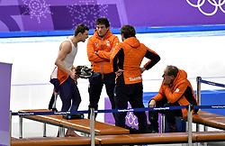 15-02-2018 SCHAATSEN: OLYMPISCHE SPELEN: OLYMPIC GAMES: PYEONGCHANG 2018<br /> Sven Kramer (Team Lottonl-Jumbo), Jac Orie (Team Lottonl-Jumbo) (r) zit er verslagen bij<br /> <br /> Foto: Soenar Chamid