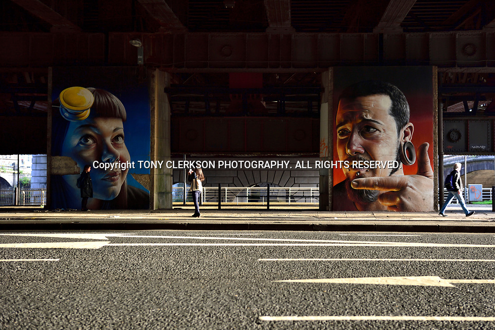 Murals (now gone) under the Glasgow Caledonian Railway Bridge