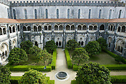 Alcobaça Monastery's  garden and the Cloister of Silence or Cloister of King Dinis I, Alcobaça, Portugal.PHOTO PAULO CUNHA/4SEE