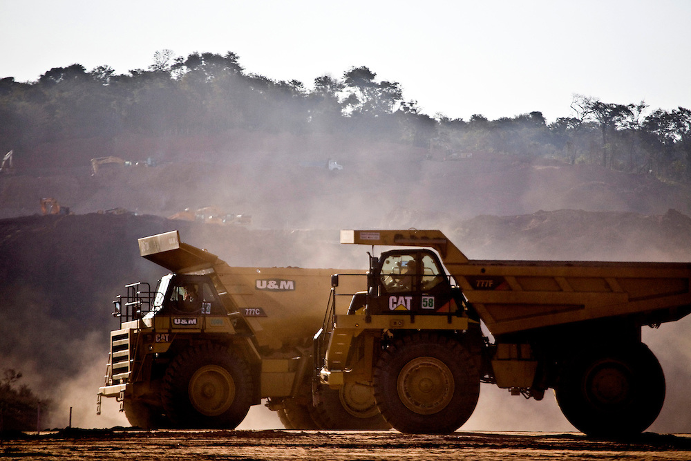 Jeceaba_MG, Brasil...Construcao de uma usina siderurgica em Jeceaba...The construction of the steel industry in Jeceaba...Foto: JOAO MARCOS ROSA / NITRO