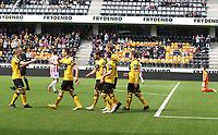 fotball, tippeliga eliteserien, start, tromsø 03.mai, 2015<br /> Benny Lektrøm, Tromsø<br /> Matthias Vilhjalmsson, Start<br /> Foto: Ole Fjalsett