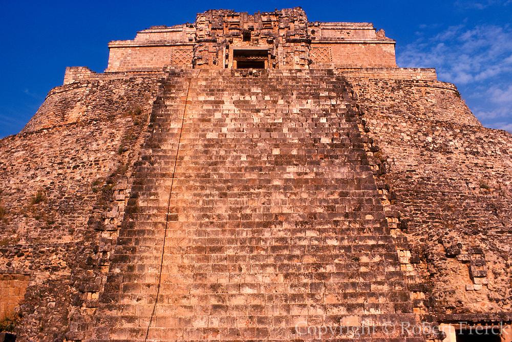 MEXICO, MAYAN, YUCATAN Uxmal; Pyramid of the Magician