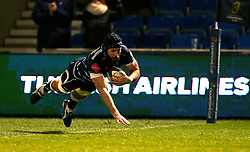 Bryn Evans of Sale Sharks scores a try - Mandatory by-line: Robbie Stephenson/JMP - 18/12/2016 - RUGBY - AJ Bell Stadium - Sale, England - Sale Sharks v Saracens - European Champions Cup