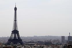 29.04.2011, Paris, Frankreich, FRA, Feature, Pariser Impression, im Bild Blick vom Arc de Triomphe auf den Eifelturm , EXPA Pictures © 2011, PhotoCredit: EXPA/ nph/  Straubmeier       ****** out of GER / SWE / CRO  / BEL ******