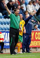 Photo: Richard Lane/Richard Lane Photography. Coventry City v Norwich City. Coca-Cola Championship. 09/08/2008. Norwich manager, Glenn Roeder.