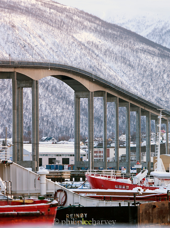 The Tromso Bridge, connecting the city of Tromso which sits on an island, to the mainland, over the Tromso Straits. Tromso, Norway