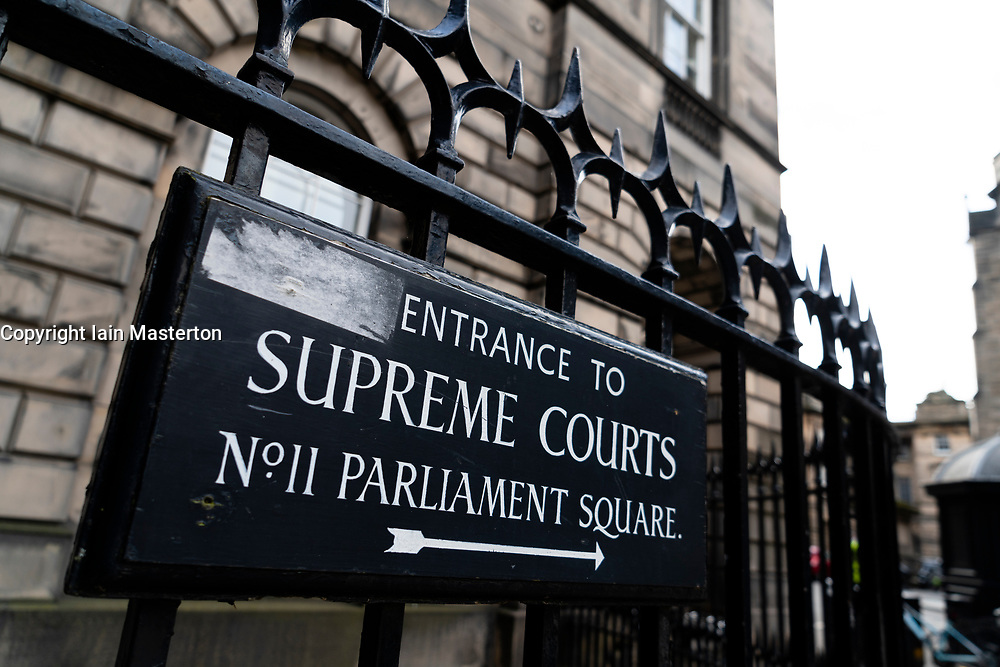 Sign at entrance to Parliament Square and the Supreme Courts ( Court of Session) in Edinburgh Old Town, Scotland, UK