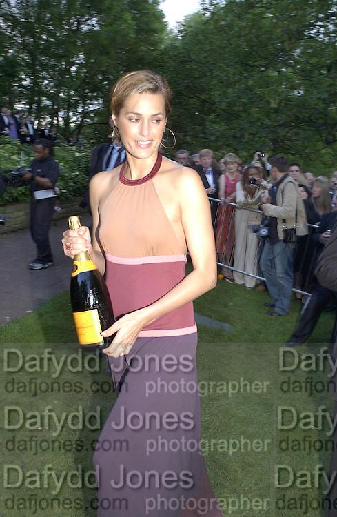 Louis Vuitton Concours d'Elegance, Hurlingham.  8 June 2002.  Copyright Photograph by Dafydd Jones 66 Stockwell Park Rd. London SW9 0DA Tel 020 7733 0108 www.dafjones.com