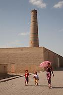 minaret of Juma - friday -mosque,  the old city;   KHIVA  Ouzbekistan  .///.minaret de la mosquee JUMA -du vendredi -  la vieille ville  KHIVA  Ouzbekistan .///.OUZB56294