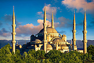 The Sultan Ahmed Mosque (Sultanahmet Camii) or Blue Mosque, Istanbul, Turkey. Built from 1609 to 1616 during the rule of Ahmed I. .<br /> <br /> If you prefer to buy from our ALAMY PHOTO LIBRARY  Collection visit : https://www.alamy.com/portfolio/paul-williams-funkystock/blue-mosque-istanbul.html<br /> <br /> Visit our TURKEY PHOTO COLLECTIONS for more photos to download or buy as wall art prints https://funkystock.photoshelter.com/gallery-collection/3f-Pictures-of-Turkey-Turkey-Photos-Images-Fotos/C0000U.hJWkZxAbg